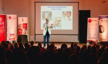 Exitosa conferencia del científico Diego Golombek.